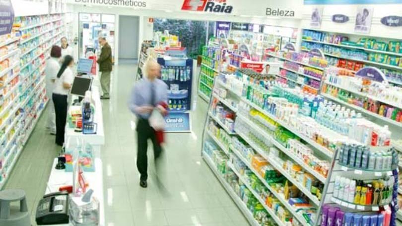 Com energia solar em 11 lojas, Raia Drogasil poupa R$ 69 mil